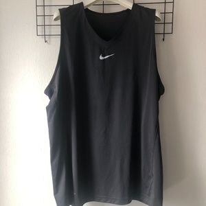 Nike dry fit work out shirt xxl